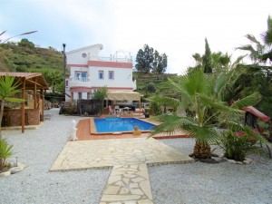 777330 - Country Home for sale in Arenas, Málaga, Spain